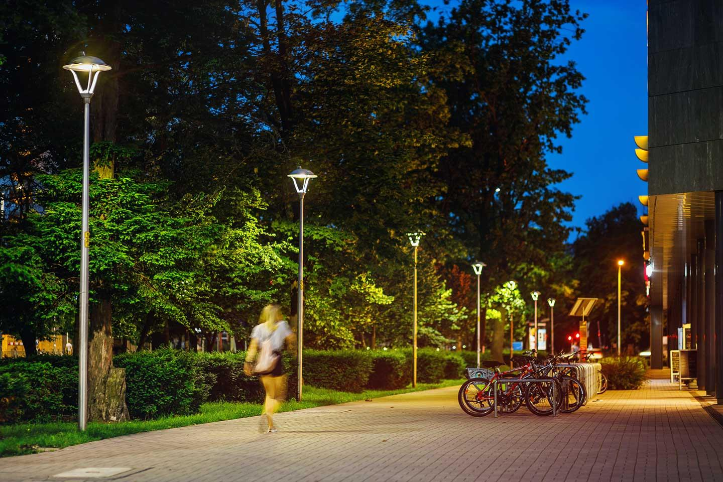 ISLA LED lights the streets adjoining Powstańców Śląskich, creating a pleasant and sustainable solution